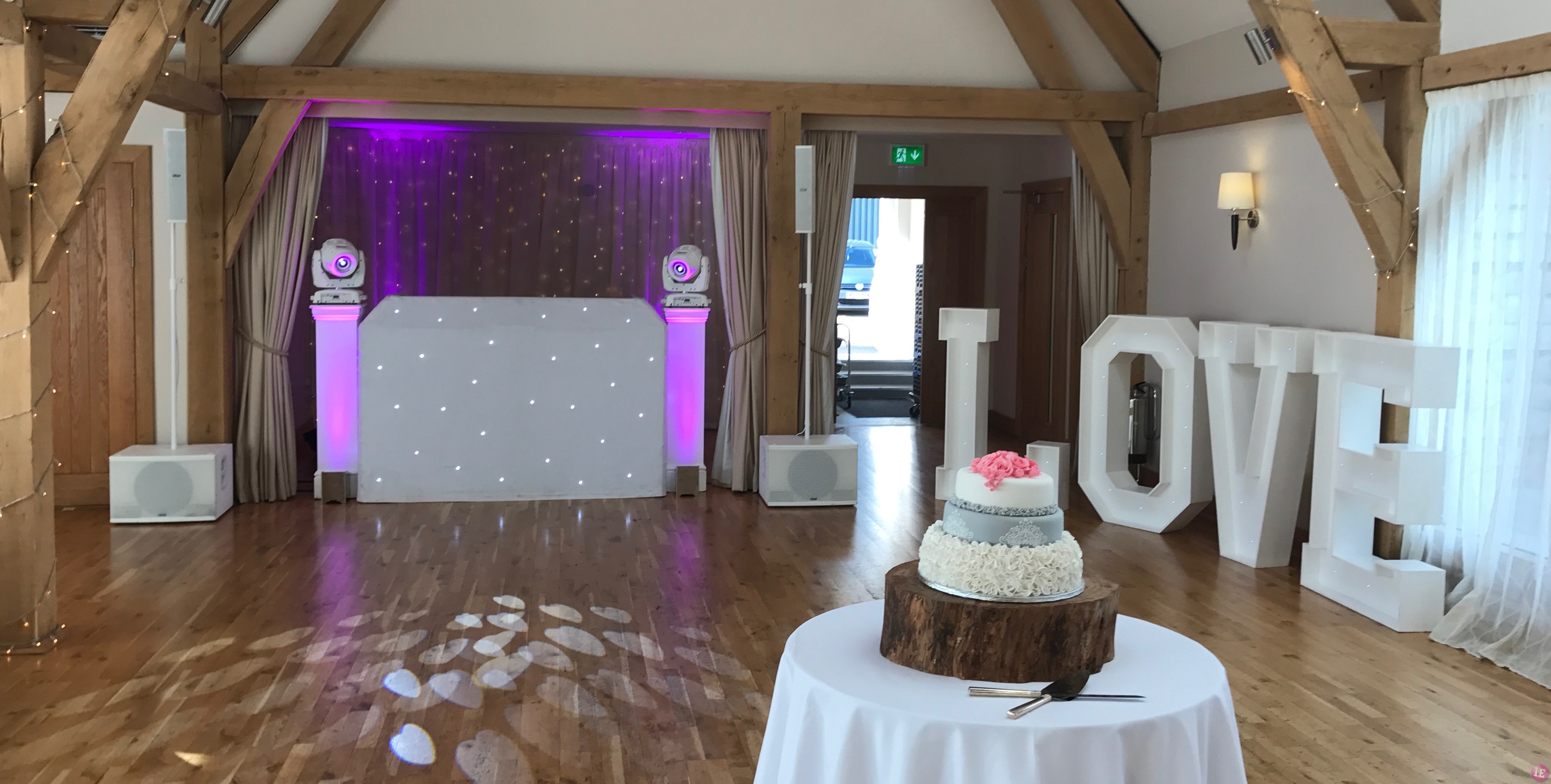 Wedding DJ Bassmead Manor DJ